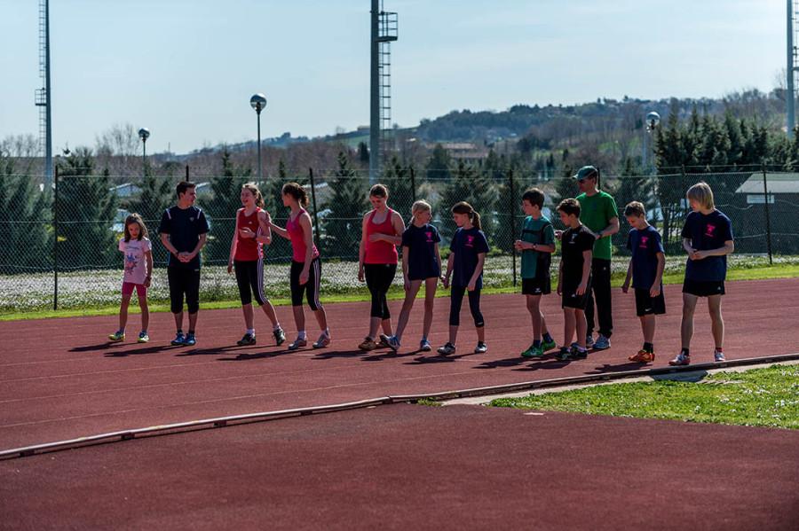 Startvorbereitung zum abschließenden 600m Lauf