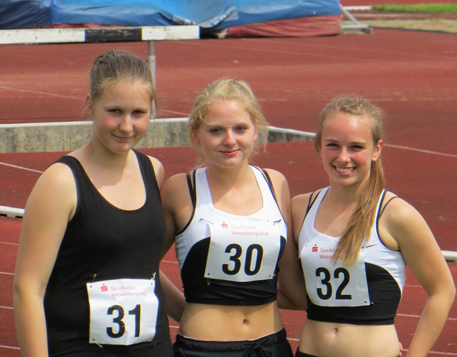 Ann-Kathrin Bergmann, Emily Bendiks und Emily Bremer (v.L.)