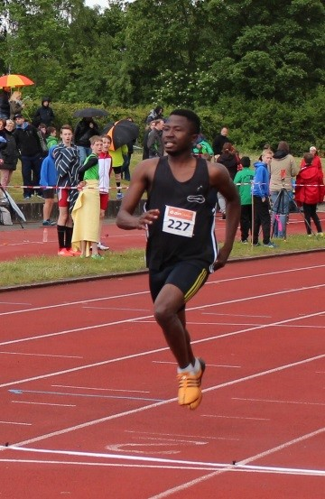 Koné beim Zieleinlauf